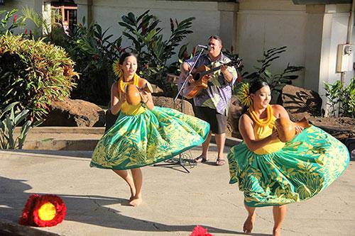 Hula Photo 1