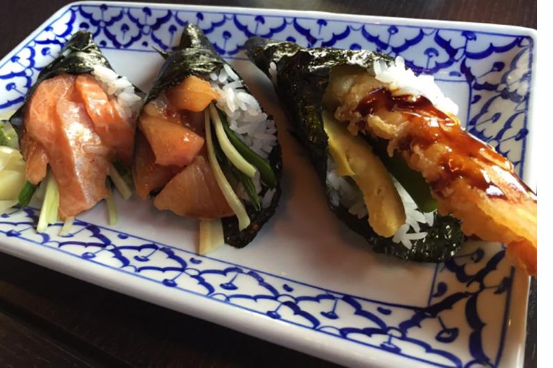 PoipuRockNRollSushi_0000_sushi8