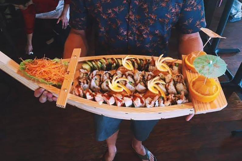 PoipuRockNRollSushi_0003_sushi5